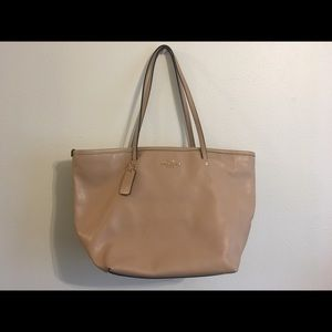 Coach large city tote tan